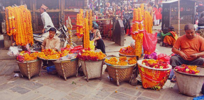 Blumenkasten auf dem Marktplatz