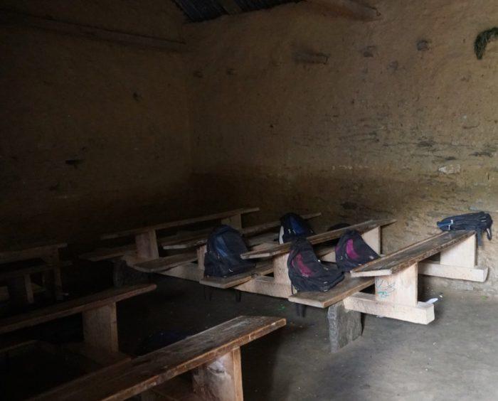 In diesen dunklen Räumen findet derzeit der Unterricht statt