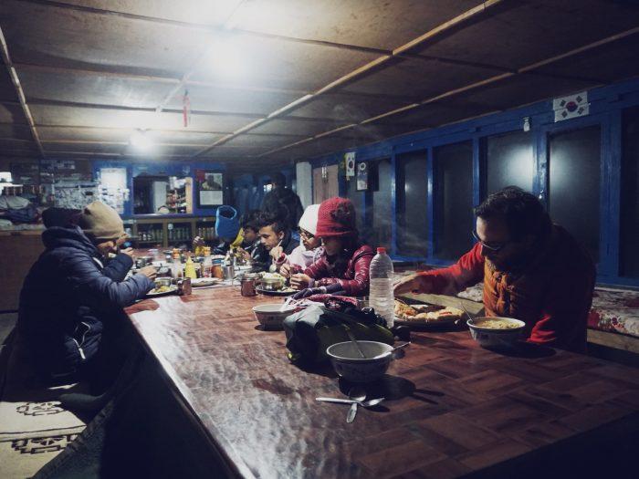 Abendessen in der Dining Hall im ABC